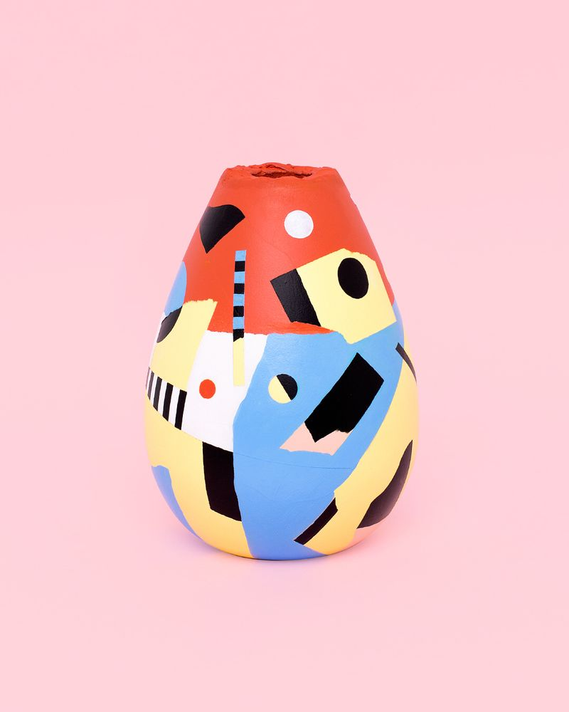 image: Abstract vase num.5  by mireiaysuscosas