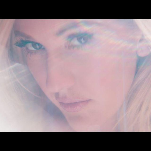 video: Ellie Goulding - Love Me Like You Do by katherin