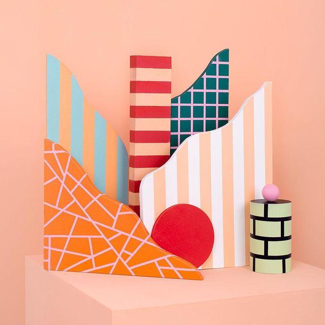 image: Composición en madera #mireiaysuscosas -#cocolia #cocoliastudio #colormadefrombarcelona #mireiaruiz #sculpture #setdesign #barcelona #real by mireiaysuscosas