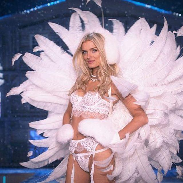 post: The Victoria's Secret Fashion Show by julieta_sin_romeo