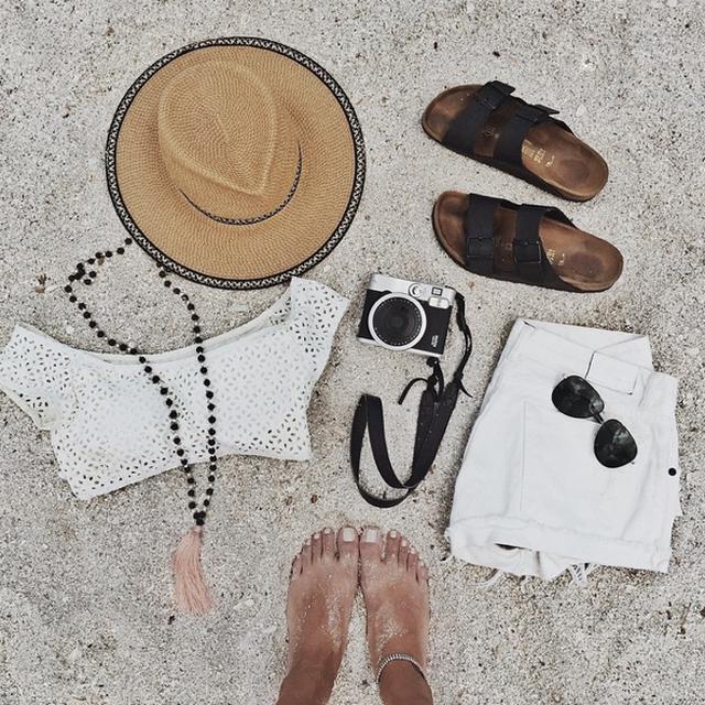 image: Today s essentials by adrianasantos