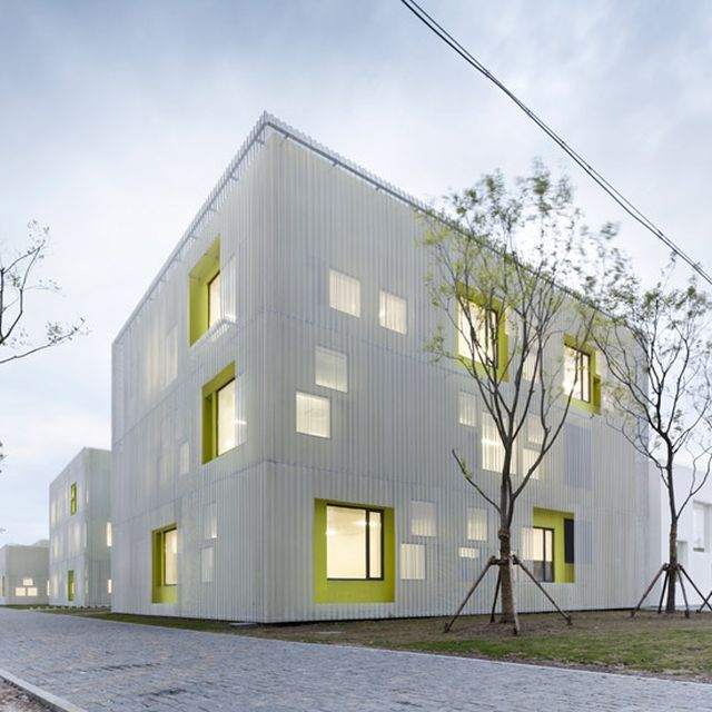 image: atelier deshaus: youth center in quingpu, shanghai by victoriakratoch