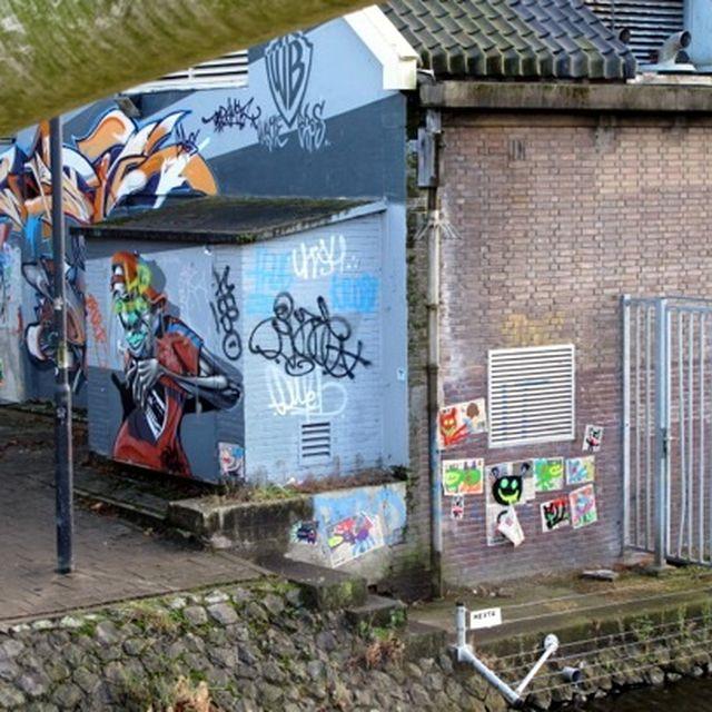 post: Street Art: Bortusk Leer pone color a tu vida by silviprado
