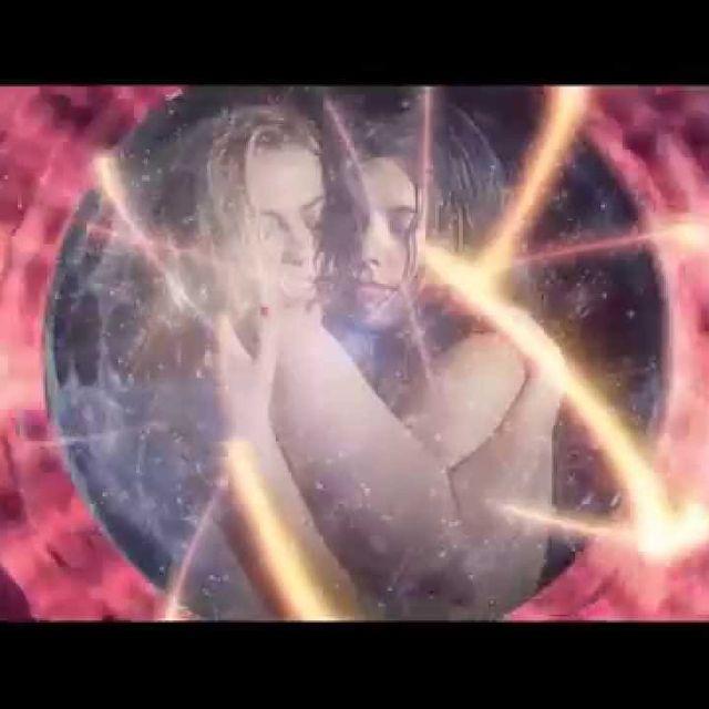 video: Javiera Mena. Espada. Video oficial by tempelhof