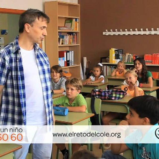 """video: José Mota y Ayuda en Acción en la """"Vuelta al Cole"""" by ayudaenaccion"""