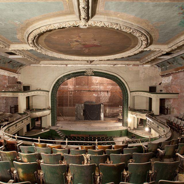 image: lost theatre 1 by ricardocavolo