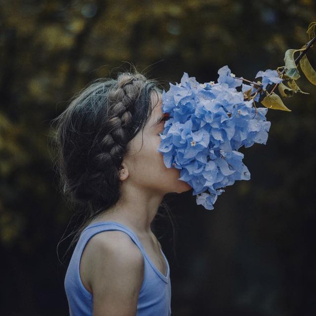 image: También se llora para que a uno le puedan crecer flores... 📝#Dieggoo #WHPcolorstudy by dieggoo