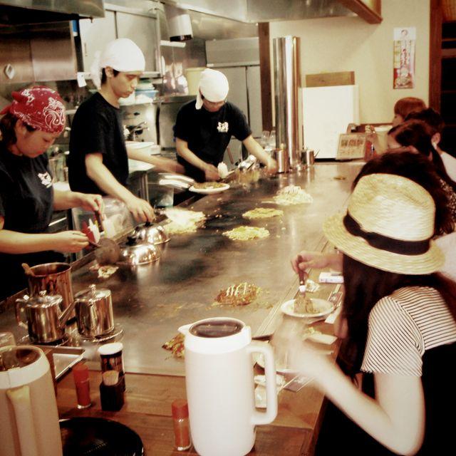 image: Hiroshima. Okonomiyaki. by ergorgue