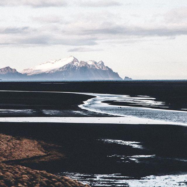 image: Iceland by jeffonline