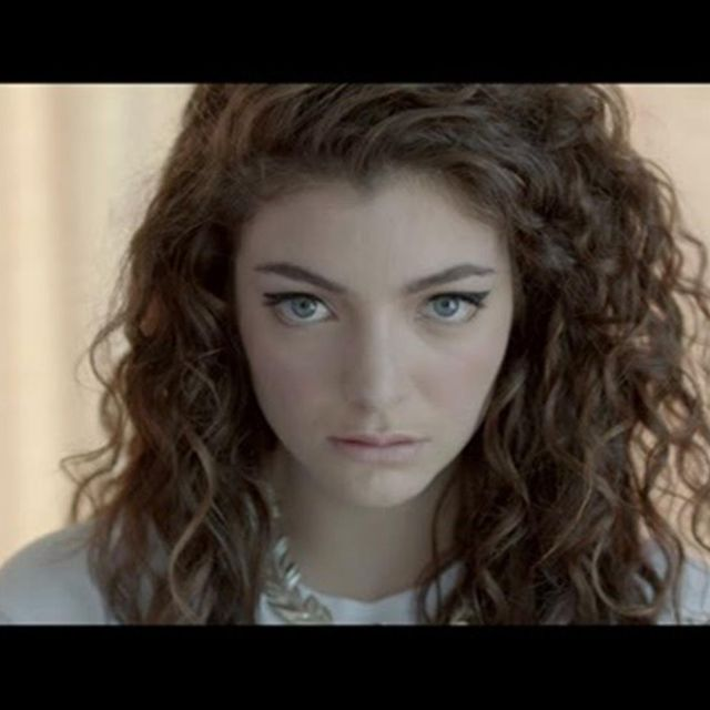 video: Lorde - Royals (US Version) by claire-fischer