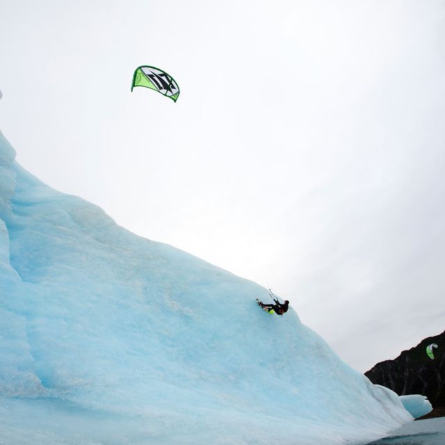 image: kiting on ice by carlos-ramoswipeout