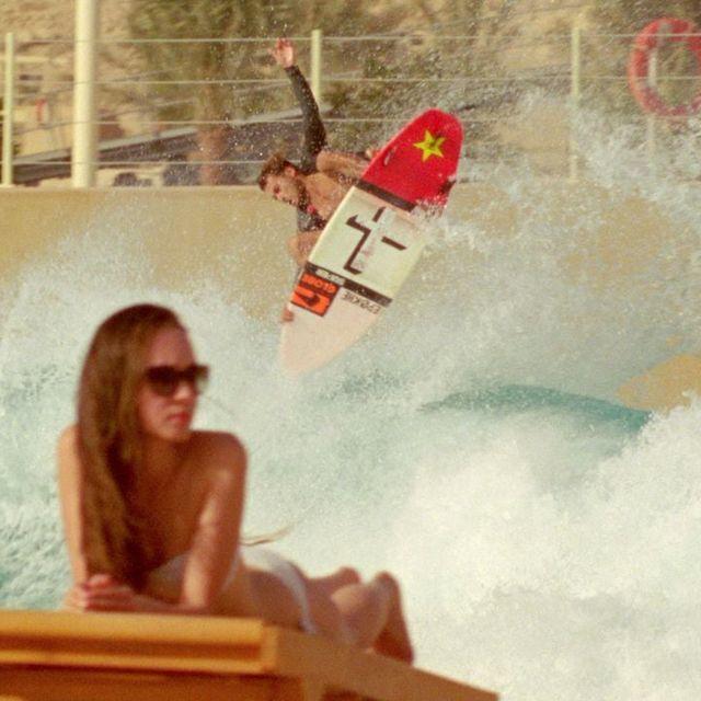 video: Surfing in the Desert by juansh
