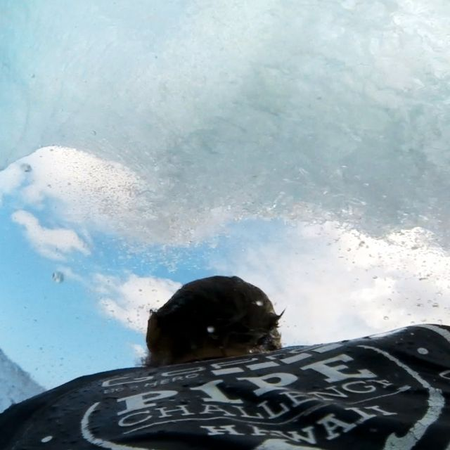 video: GoPro: Andre Botha's 9 Point Pipe Ride by gonzalobandeira