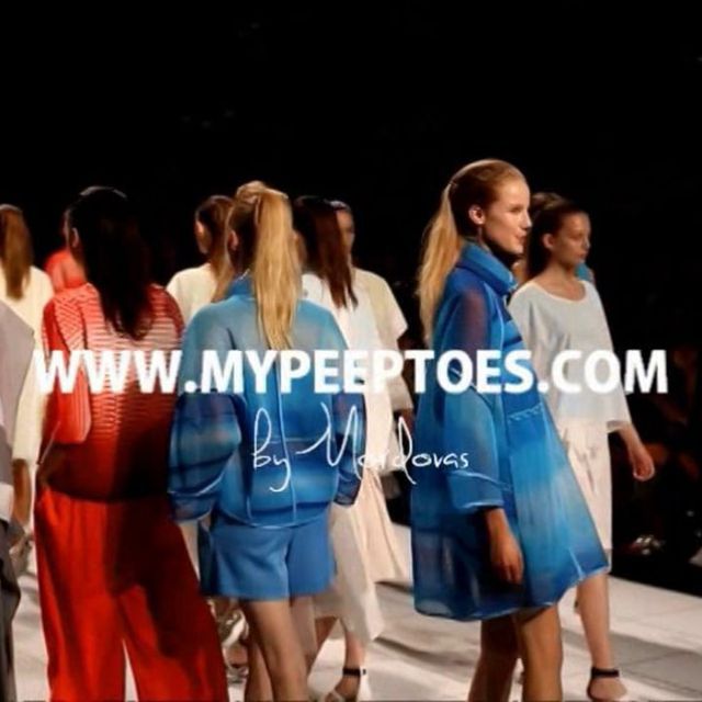 video: Peeptoes On fashion #4: ISSEY MIYAKE SS14 PFW by peeptoes