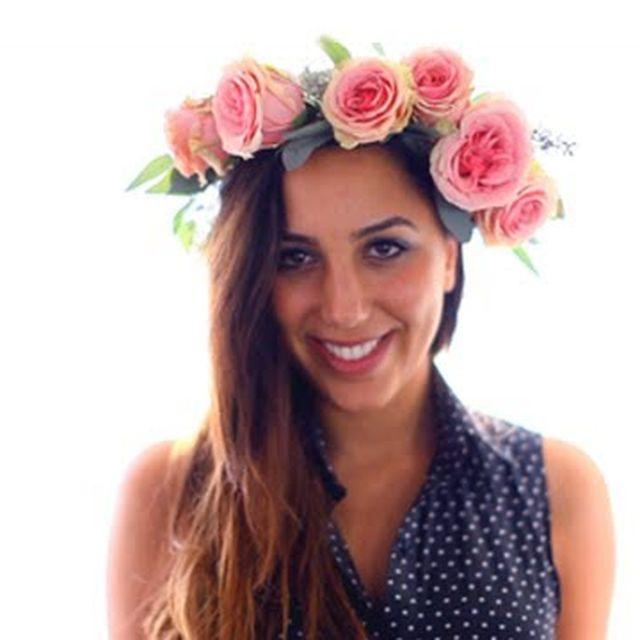 video: DIY  Rose Flower Hair Crown by mariash