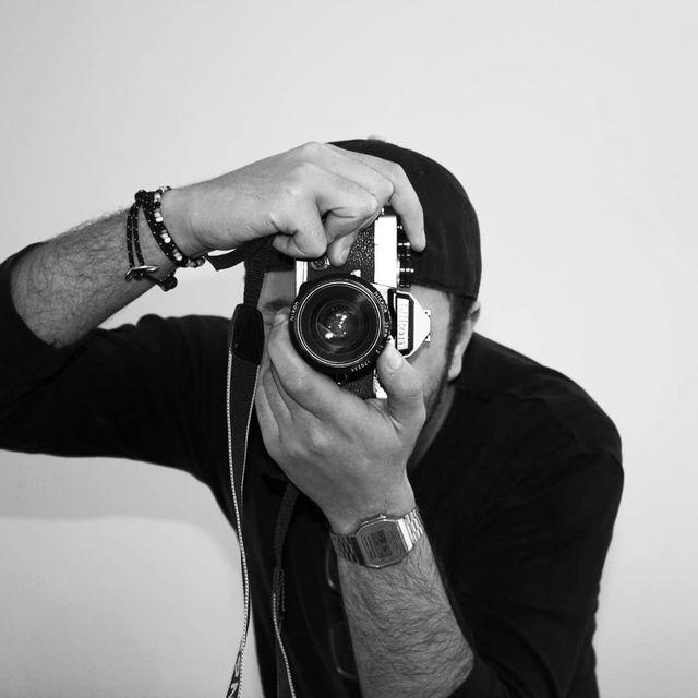 image: Analogico.#selfie #selfienation #shamelessselefie #selfies #TFLers #hair #portrait #me #love #pretty #handsome #instagood #instaselfie #selfietime #face #life #igers #fun #followme #instalove #smile #igdaily #eyes #follow by salvo_berry
