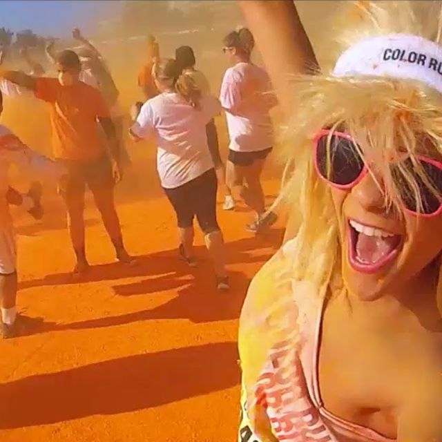 video: THE COLOR RUN - 5 kms of running madness by martanicolas
