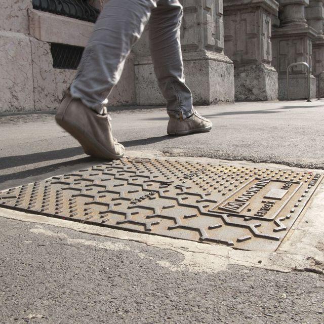 image: giulio iacchetti and matteo ragni: cast-iron manhole co by victoriakratoch