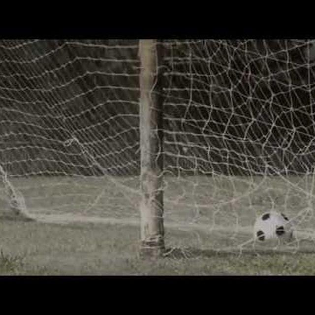 video: Historia del TMB Panyee FC by caritina