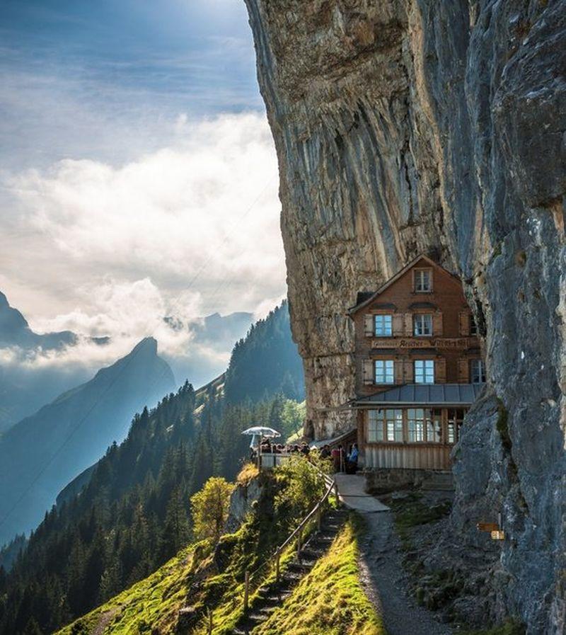 image: Aescher Hotel by reixlc
