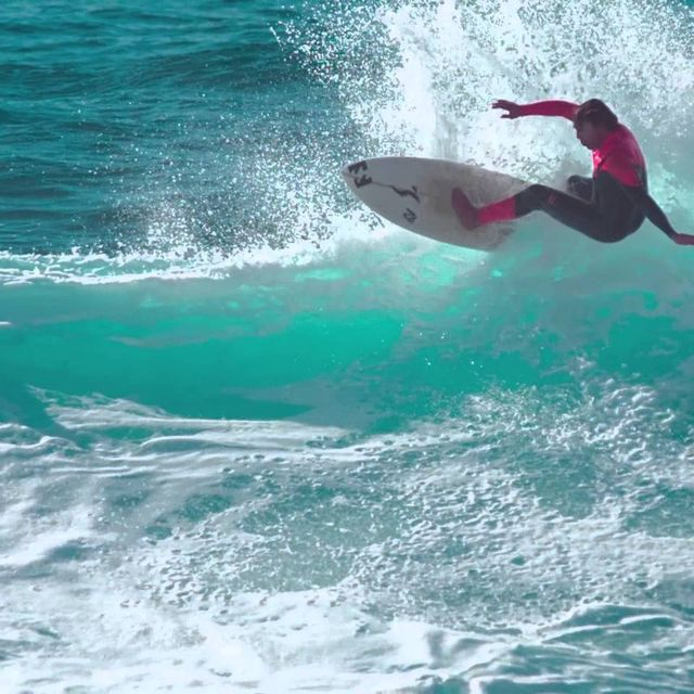"video: ""Surf Is Alive"" by extremist"
