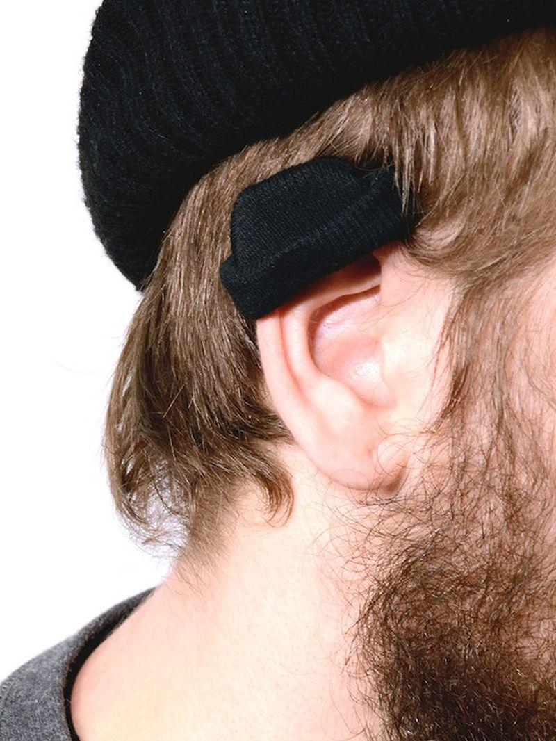 image: The Ear-hat by paulojfutre