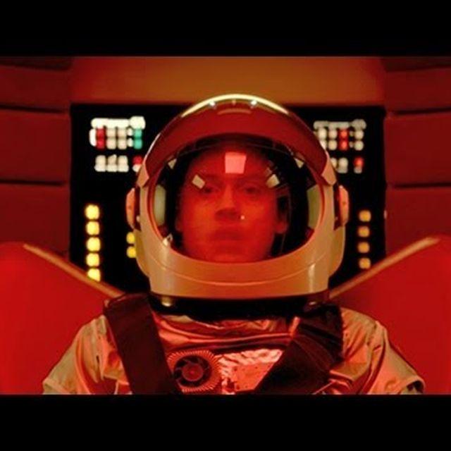 video: Metronomy – I'm Aquarius by dodmagazine