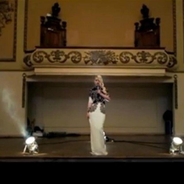 video: Work Stripped // Iggy Azalea by -rey-