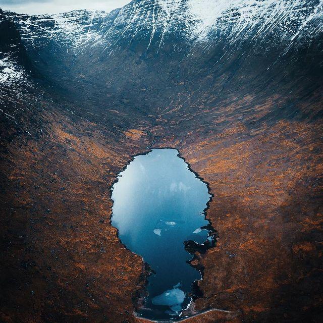 image: Hidden mountain by jasoncharleshill