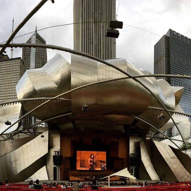 image: @angelicagarcia #chicago #milleniumpark by brettnovak