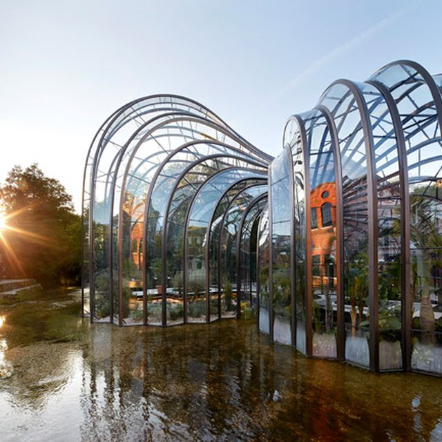 image: Bombay Sapphire distillery by rodo