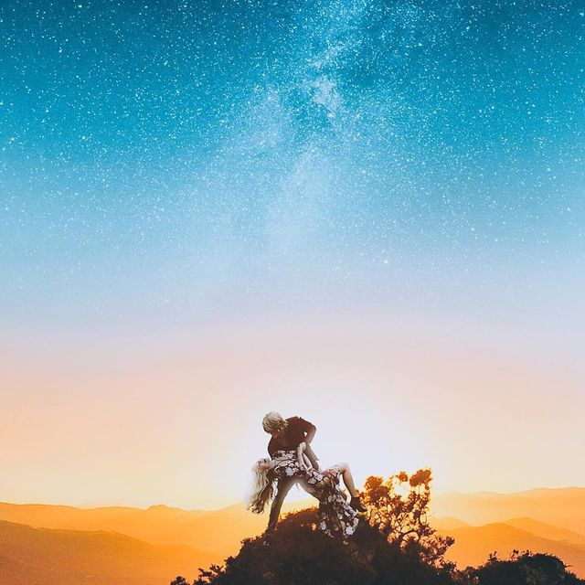 image: La La Land ✨It's a new dawn it's a new week peeps! Let's make the most of it 🔥Make sure you do something out of your comfort zone and get better at something! 🤘🏻 *edited with my 'Night Blues' preset! Link in bio ↗️🚨 Much love...#kellersquad..#visuals by kellansworld