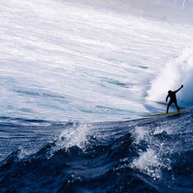 image: Waves of the Week by amped