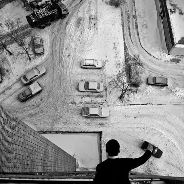 image: PLAYING WITH CARS by arturo