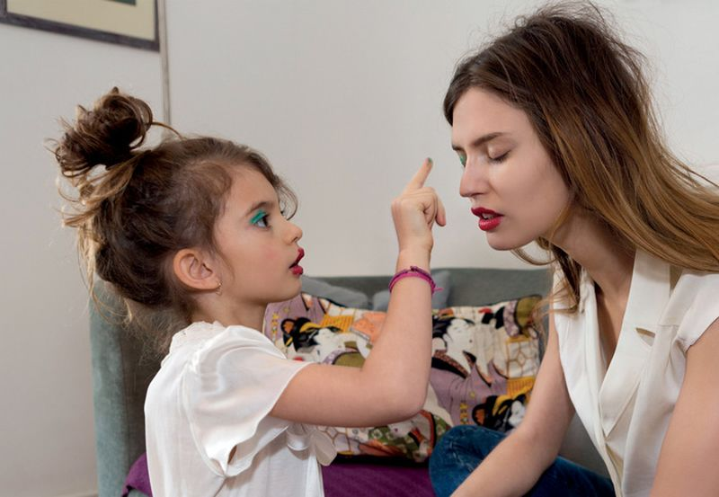 image: Bianca Balti y su hija Matilde by nvm