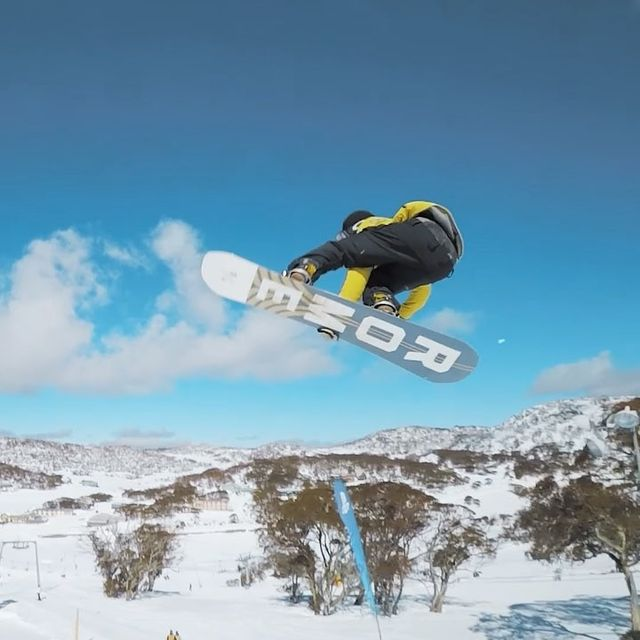 image: Snowboarding at Australia is LIVE with a bunch of heavy hitters. Link in my BIO @torgeirbergrem @marcuskleveland @sebbedebuck @ulrikbadertscher @and_jam ?: @gimbalgod by stalesandbech