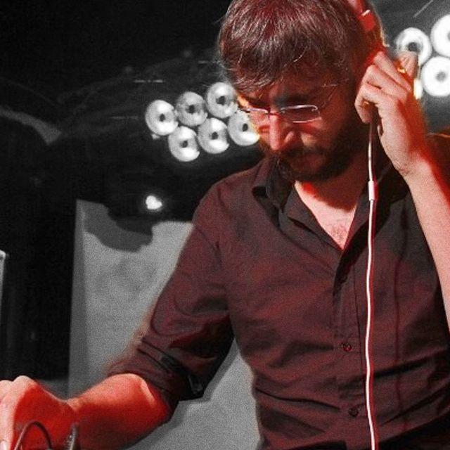 post: XOEL LÓPEZ DJ SET by indiyeis