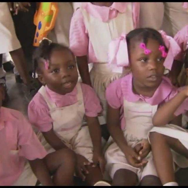 video: Haití en construcción by betterworld