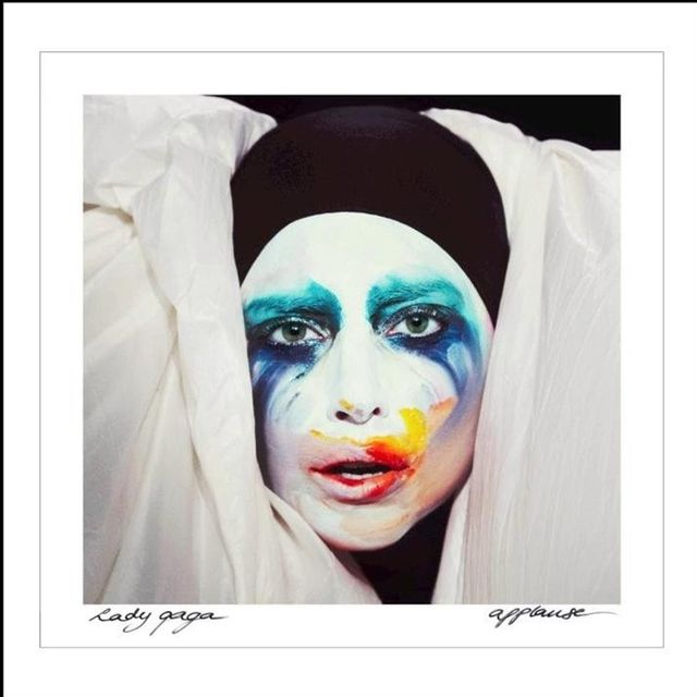 video: Lady Gaga - Applause by glamournarcotic
