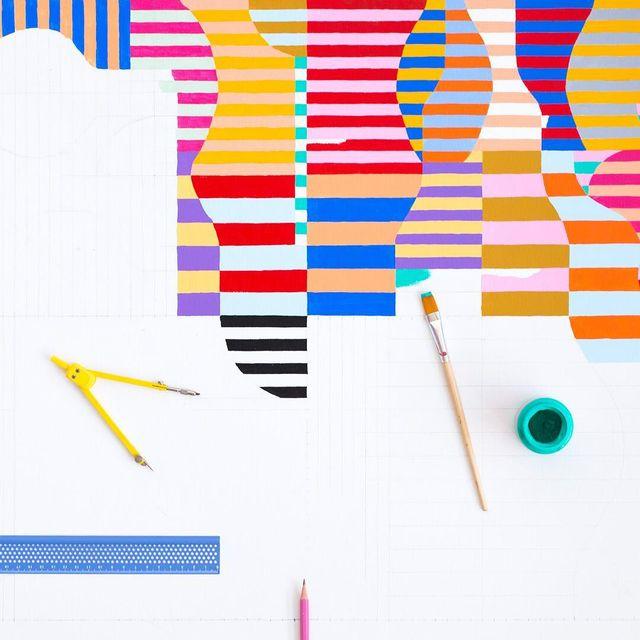 image: A veces me pregutan si hago las líneas a mano. Y es que ese momento de concentranción me relaja ?---#wip Num.134 #acryliconcanvas #mireiaruiz #cocoliastudio #cocolia #colormadefrombarcelona #mireiaysuscosas by mireiaysuscosas