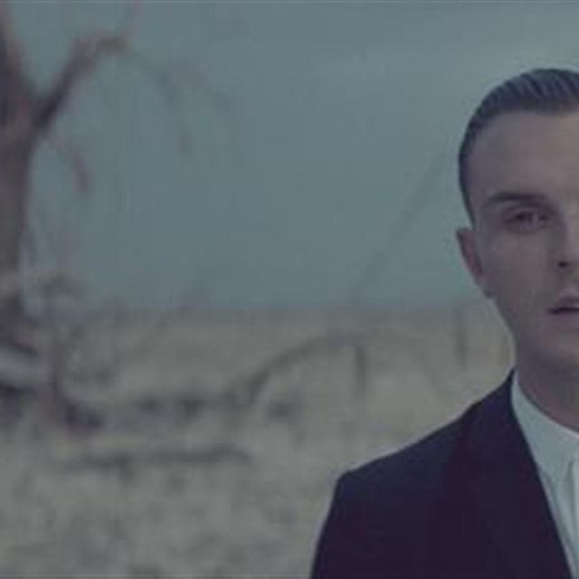video: Hurts - Somebody To Die For by grahamthunder