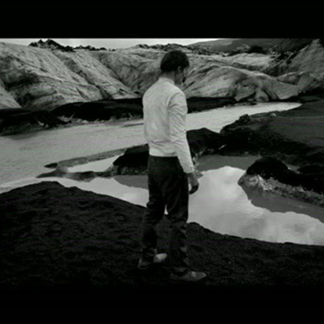 video: Woodkid - I Love You by ninaestaenblanco