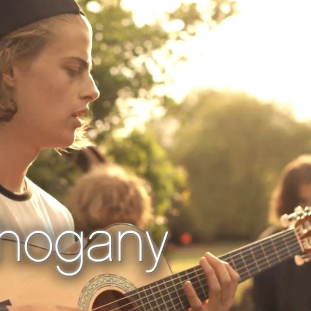 video: Blaenavon - Prague // Mahogany Session by alexaccion