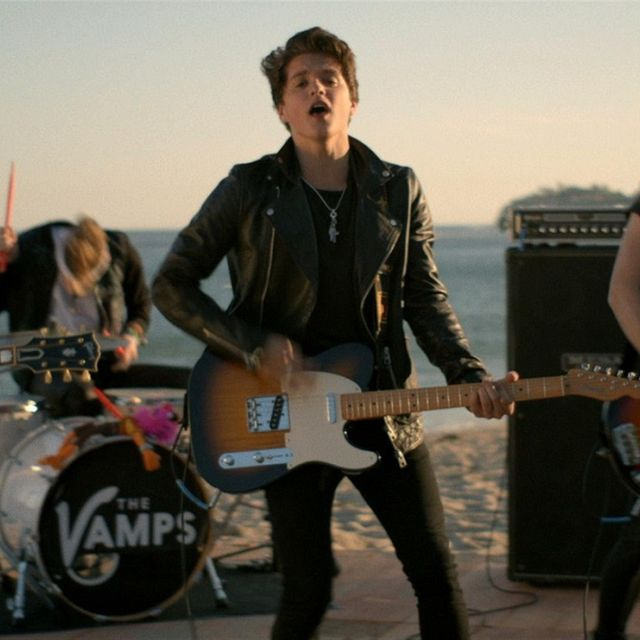 video: The Vamps - Somebody To You ft. Demi Lovato by gabriel-lisboa-9