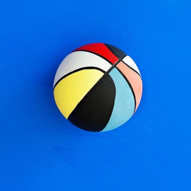 image: Cosas que pinto #mireiaysuscosas -#basketball #colormadefrombarcelona #cocolia #cocoliastudio #customized #barcelona by mireiaysuscosas