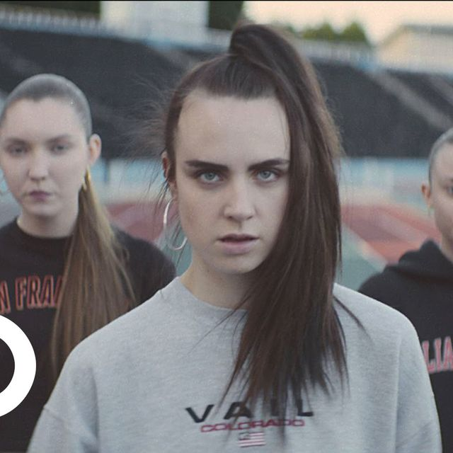 video: MØ - Walk This Way - by icanteachyouhowtodoit