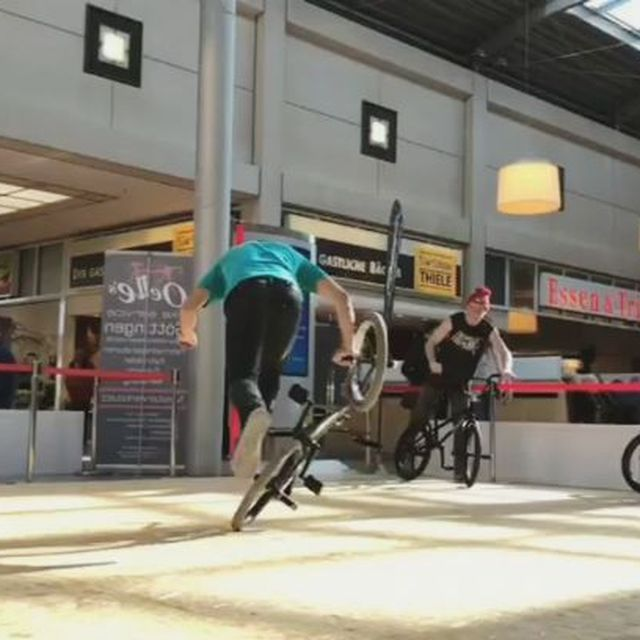 image: Backwheel trick last week at Fight the Winter warming up session. Had so much fun! Thanks @erikhogers for filming it!#flatland #bmx#bike#fightthewinter2018 #bicycle #ride#rideordie by moya_flat