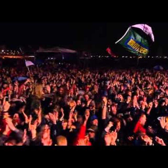 video: Primal Scream-Glastonbury 2011  Live by mikilator
