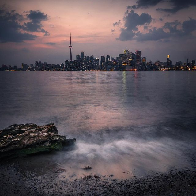 image: Toronto Skyline by mindzeye