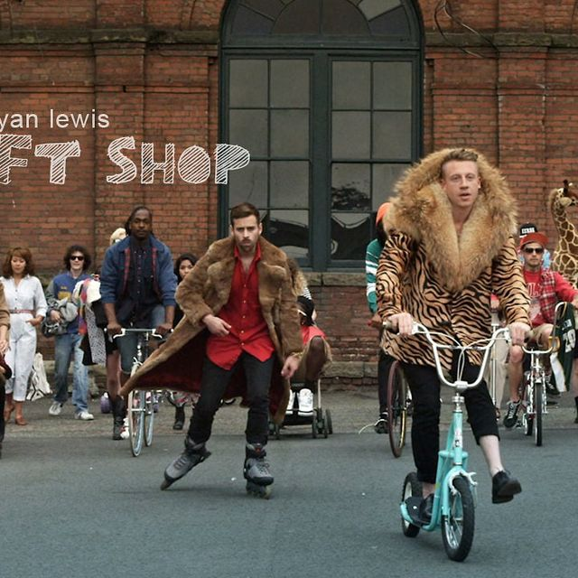 """video: """"Thrift Shop""""   Macklemore & Ryan Lewis by bass"""